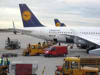 View of parked LH planes at MUC.